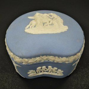 Vintage Wedgwood Jasparware Ring Box - Made In Eng